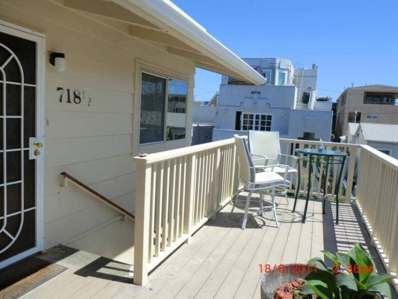 Charming condo in Mission Beach w/lovely views & close beach & boardwalk access! - Image 1 - San Diego - rentals