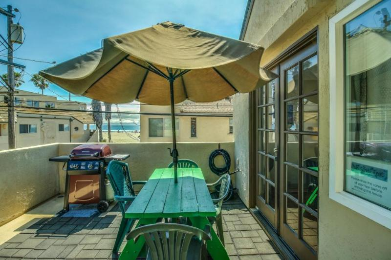 SoCal paradise with refreshing ocean views - close to the beach and boardwalk! - Image 1 - San Diego - rentals