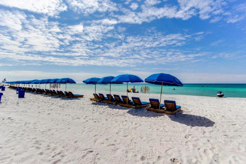 Stylish studio condo w/shared pool & beach tram access! - Image 1 - Panama City Beach - rentals