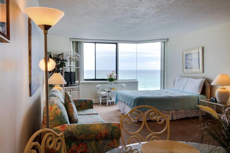 Oceanfront condo w/ ocean views & shared pool  - walk to beach! - Image 1 - Panama City Beach - rentals