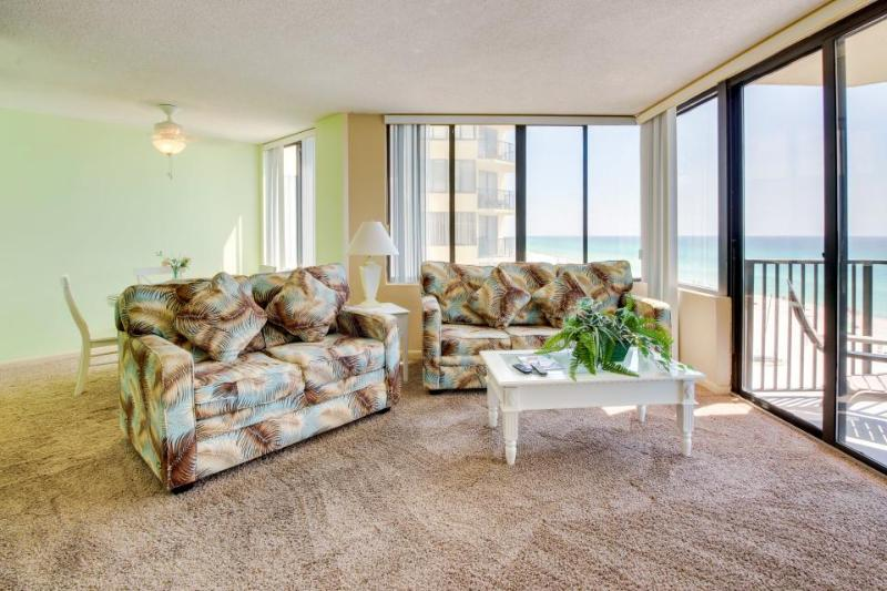 Oceanfront condo with shared swimming pool - perfect for a romantic getaway - Image 1 - Panama City Beach - rentals