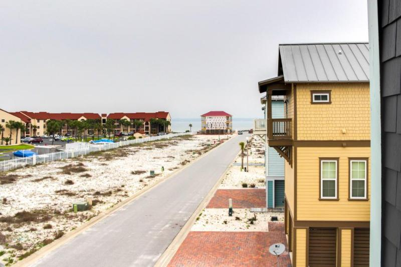 New home w/ beach, pool, hot tub access & lovely ocean views - Image 1 - Navarre - rentals