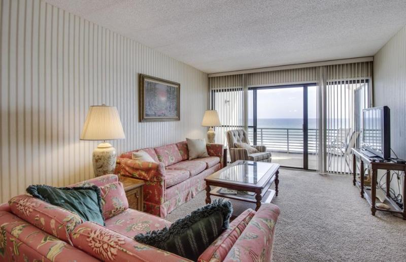 Oceanfront condo with a private balcony and shared swimming pools! - Image 1 - Panama City Beach - rentals