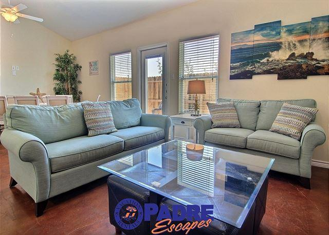 Comfy living area to enjoy with family and friends - Nemo Cay Resort BC105 is a 5/4 Townhouse w/a beautiful kid-friendly Saltwater - Corpus Christi - rentals
