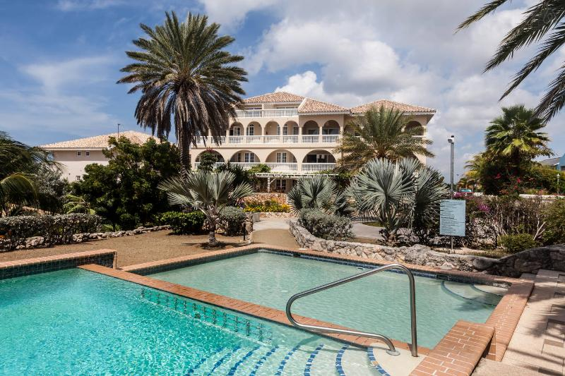 Ocean resort Apartment Trupial - Image 1 - Otrobanda - rentals