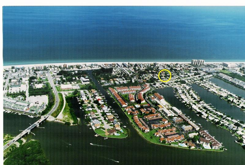"""BEACH STYLE""  All New 1 Block 2 the IRB Sand - Image 1 - Indian Rocks Beach - rentals"