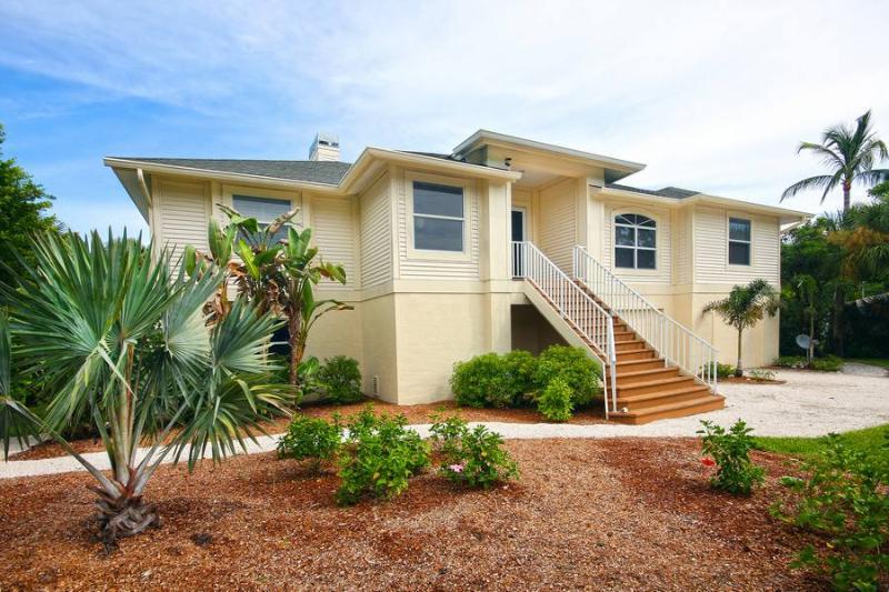 Exterior Front - Coquina House - Sanibel Island - rentals
