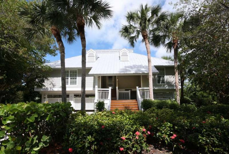 Front - Lucky Enough - Sanibel Island - rentals