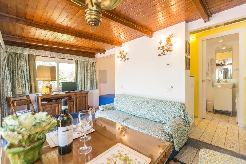 The Salon Bedroom - Very central charming penthouse with  terrace - Rome - rentals