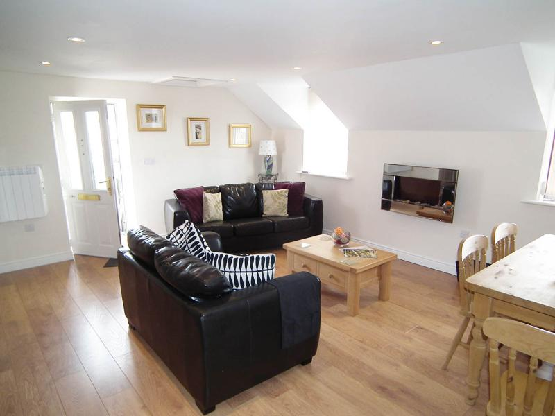 Cottages Five star self-catering in  South wales - Image 1 - Wales - rentals