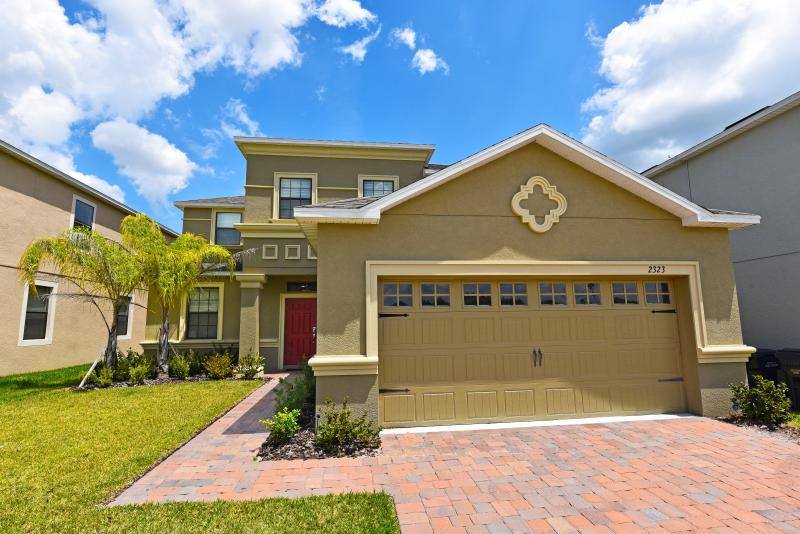 Gorgeous 5Bd/4Bth Pool Hm-WiFi,Resort, Frm $145/nt - Image 1 - Orlando - rentals