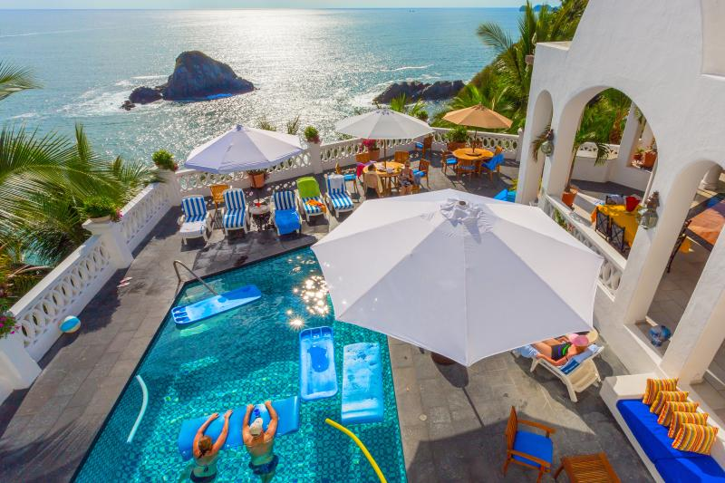 Sun drenched pool, jacuzzi, deck and spectacular 180° views of the Pacific - #1 IN GUEST SATISFACTION. 5*Villa w/Chef, Staff - Manzanillo - rentals
