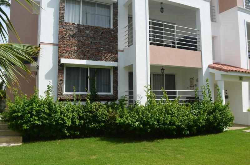 Corte Sea 2BR, 2BA steps to pool - RELAX! - Image 1 - Bavaro - rentals