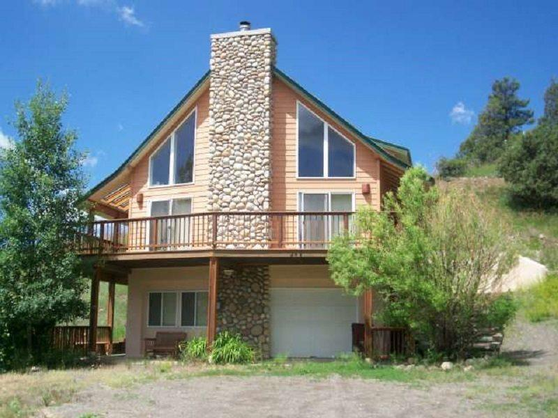 1st Street is a relaxing, pet-friendly vacation home located in downtown Pagosa Springs. - Image 1 - Pagosa Springs - rentals