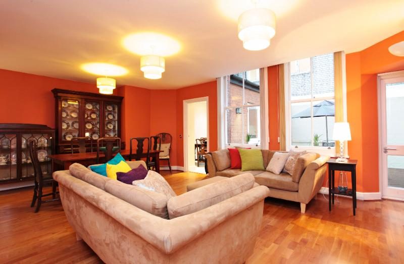 Mayfair / Marble Arch 2 Bedroom 2 Bathroom with Patio /Terrace  (4517) - Image 1 - London - rentals