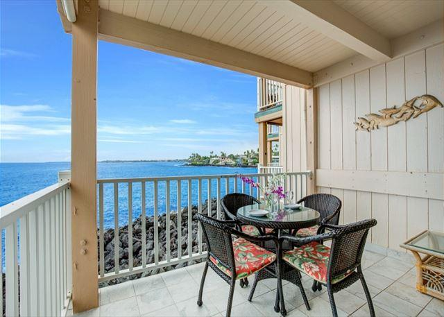Ocean Front Dining! Great for watching famous Kona Sunsets too! - Sea Village 1101-SV1101 - Kailua-Kona - rentals