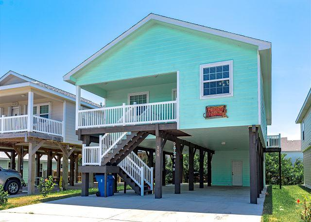 Welcome to Flipping Flounder! - New Listing: Flipping Flounder, Pool, Close to Beach, Pets, Garage - Port Aransas - rentals