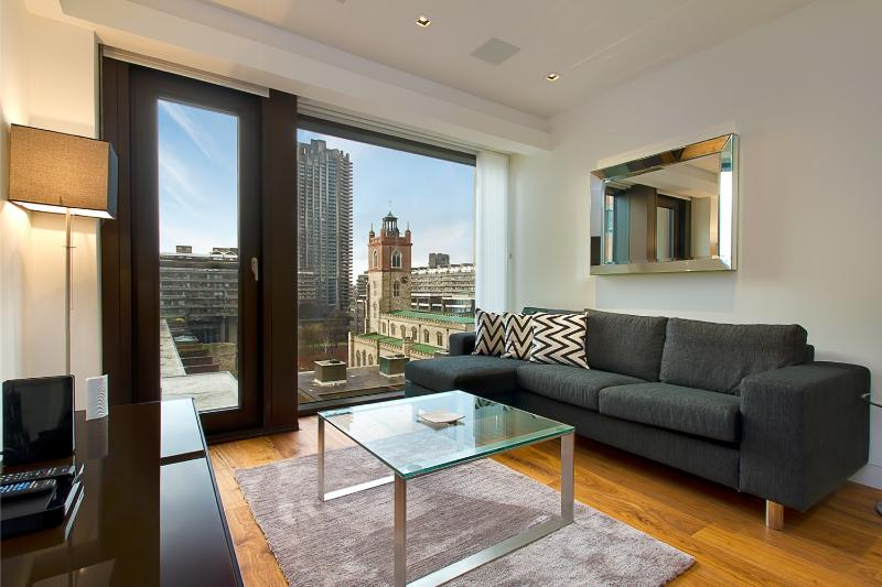 Relaxing haven from the hustle and bustle of city life - Image 1 - London - rentals