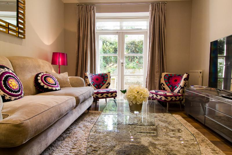 Delightful 1 Bedroom Apartment with Patio in Notting Hill - Image 1 - London - rentals