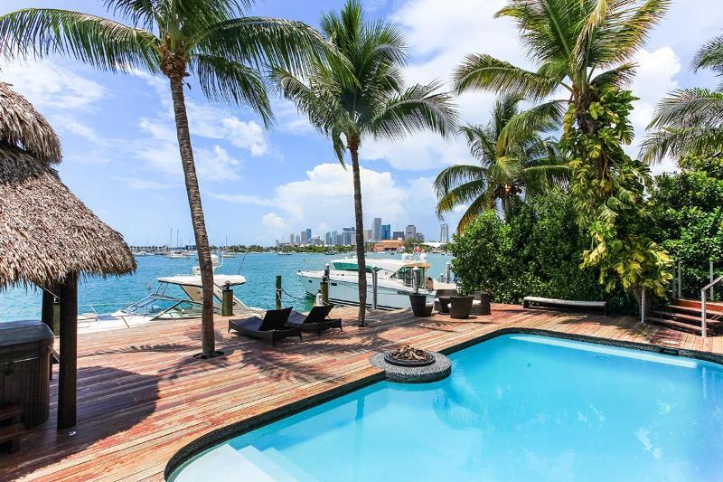 The Jungle, Sleeps 6 - Image 1 - Miami Beach - rentals