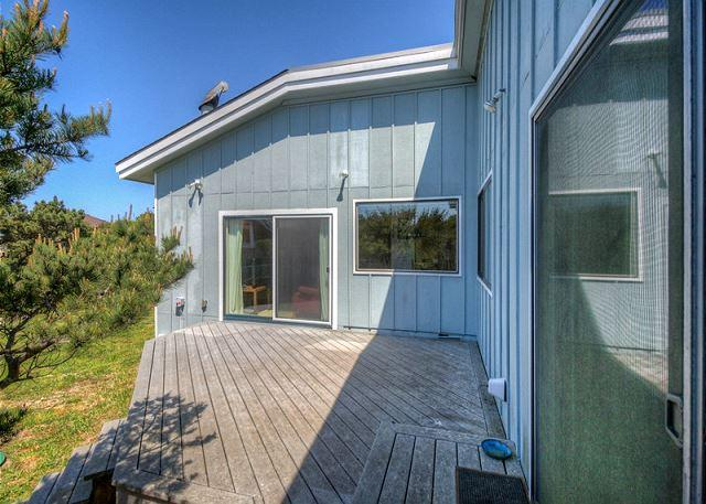 Cozy Cabin--R405 Waldport Oregon vacation rental - Image 1 - Waldport - rentals