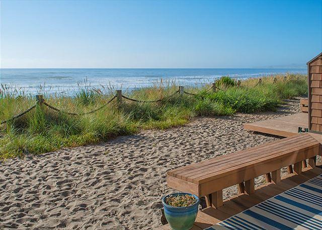 Oceanfront Neskowin Beauty with Easy Beach Access! - Image 1 - Neskowin - rentals