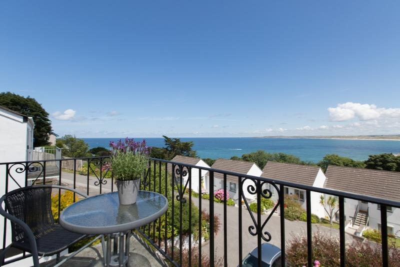Mordros located in St Ives, Cornwall - Image 1 - Saint Ives - rentals