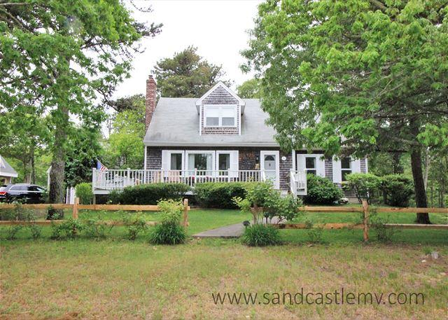 Edgartown Cape Close to Town and Beach - Image 1 - Edgartown - rentals