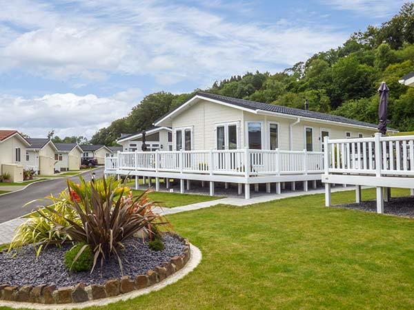 CWTCH, beautifully decorated, pet-friendly, en-suite, beach and amenities nearby, Wisemans Bridge, Ref. 924630 - Image 1 - Stepaside - rentals