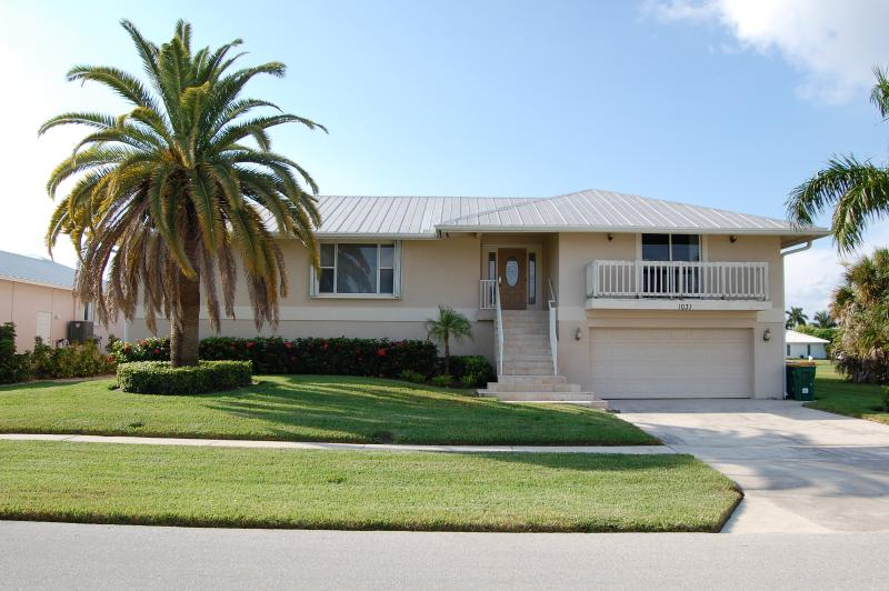 Welcome! - Family Vacation Getaway! Beach & Low Summer Rates! - Marco Island - rentals