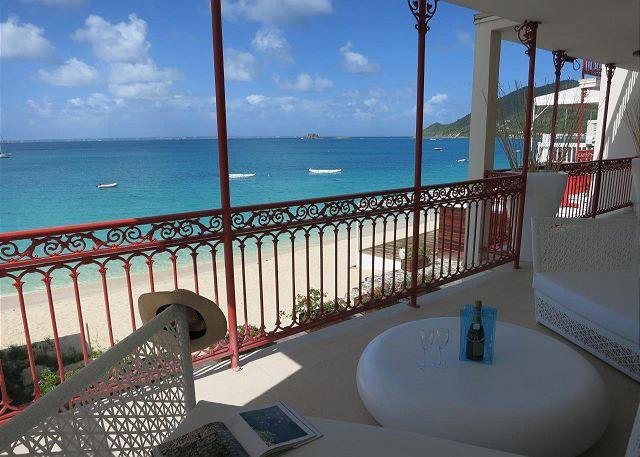 Modern Caribbean beachfront condo on Grand-Case Beach - Image 1 - Grand Case - rentals