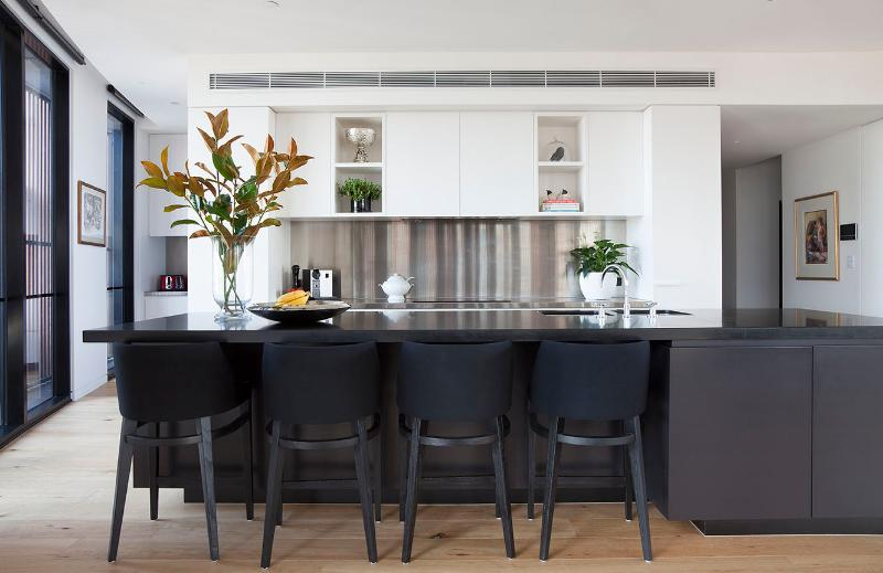 Averi Penthouse - Image 1 - Melbourne - rentals