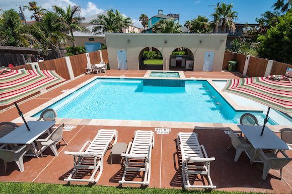 Large Pool/Spa! SUMMER DEAL-$275nt, JULY 8-AUG 14! - Image 1 - South Padre Island - rentals