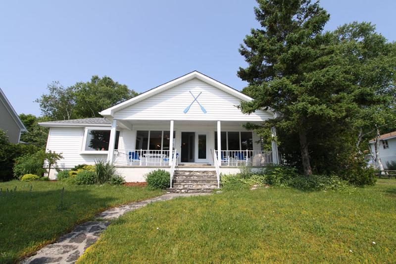 Villa Luce cottage (#227) - Image 1 - Lions Head - rentals