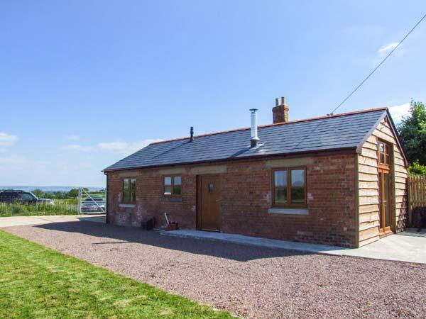 DOVETAIL, detached, all ground floor, open plan, pet-friendly, woodburner, near westniru-on-Severn, Ref 913933 - Image 1 - Westbury on Severn - rentals