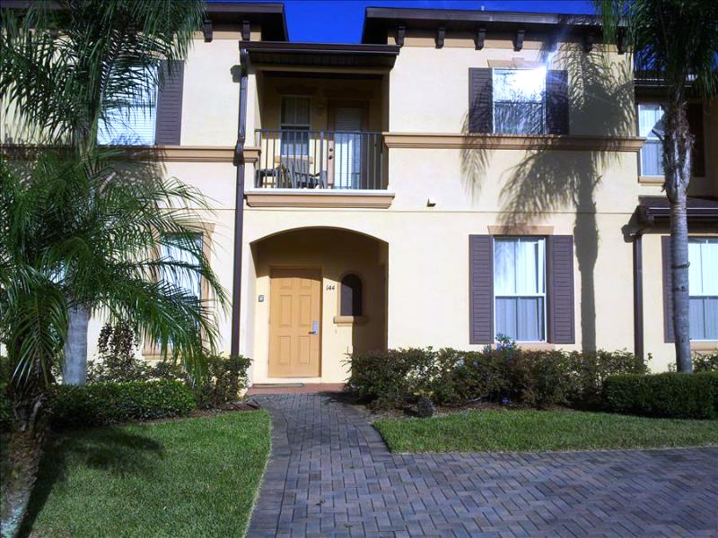 0002144 - 3 BR Upgraded Town Home In Regal Palms Resort - Image 1 - Davenport - rentals