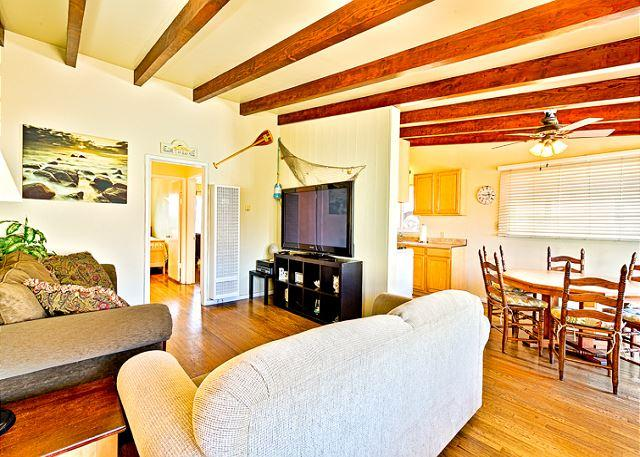 15% OFF NOV 1-22 - Family Vacation Location - Steps to Beach and Bay - Image 1 - Newport Beach - rentals