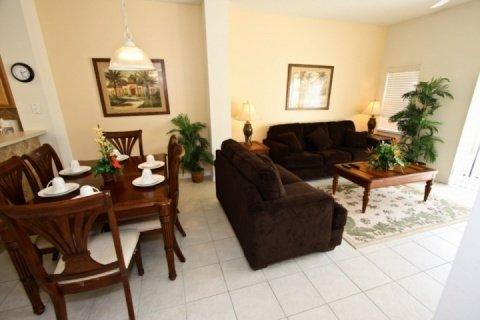 Great 3 Bedroom Townhouse with Private Pool, close to Disney - Image 1 - Kissimmee - rentals