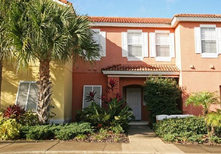 Encantada 3 Bedroom Townhome w/ Private Pool in Gated Resort - Image 1 - Kissimmee - rentals