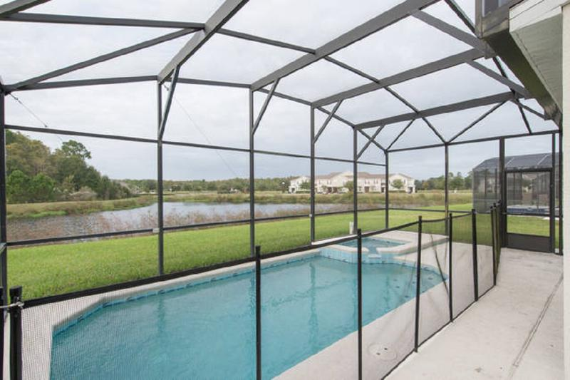 TRAFALGAR VILLAGE (4955PM) - 5BR 4.5BA Pool&Spa Home w/ 2 Master/lake view/games room/ - Image 1 - Kissimmee - rentals