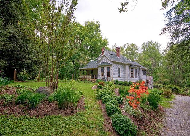 Dogwood House - Image 1 - Asheville - rentals
