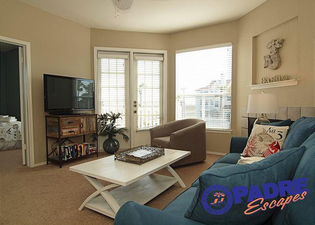 Living area - Recently updated Condo close to the beach! - Corpus Christi - rentals