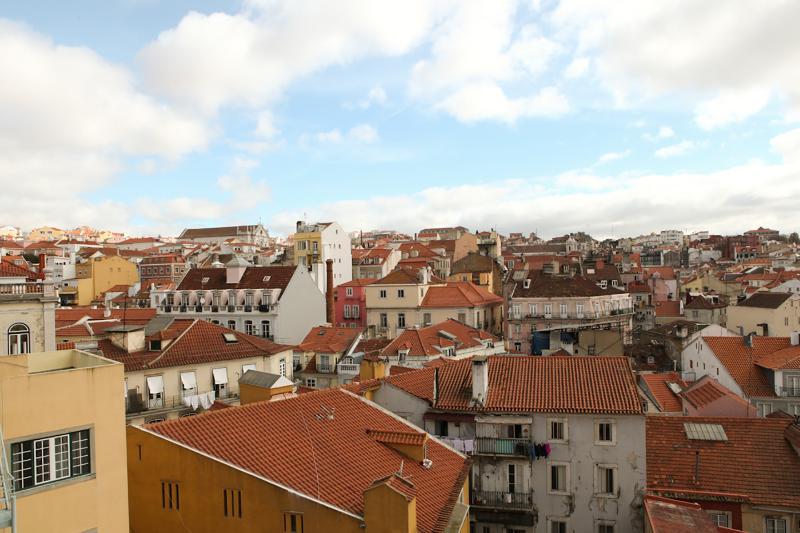 Sunny Apartment at S. Bento - Image 1 - Lisbon - rentals