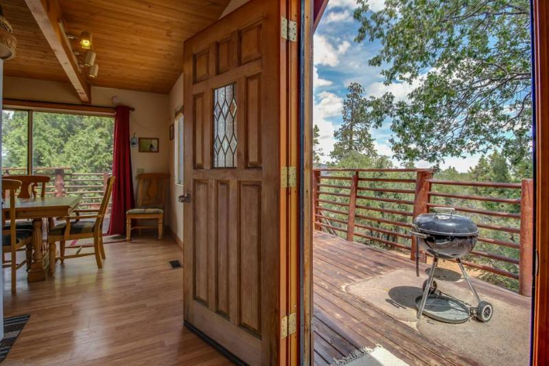 Relaxing cabin w/private hot tub, mountain views, air hockey table! Near skiing! - Image 1 - Big Bear City - rentals