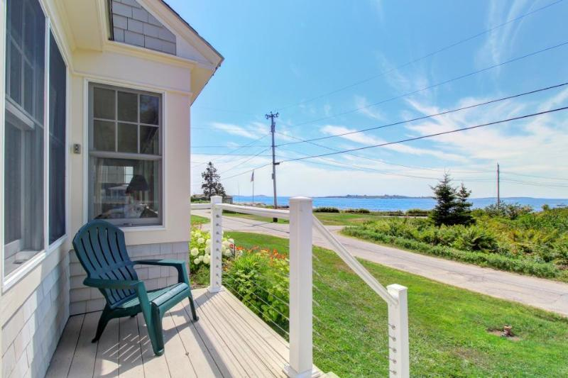Spacious family-friendly seaside home with expansive views! - Image 1 - East Boothbay - rentals