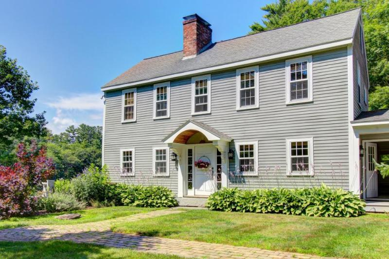 Dog-friendly waterfront home with grand piano and fireplace! - Image 1 - Boothbay - rentals