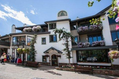 Plaza Lodge is located in the heart of Vail Village on Bridge Street and a short walk to Gondola One. - Vail Ski Rental on Bridge Street~ Walk to Gondola One~ Vail Mountain Views~ Hot Tub~ Heart of Vail!! - Vail - rentals
