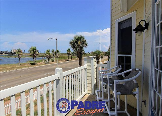 Private balcony - Studio unit Close to the Beach with a Great View - Corpus Christi - rentals