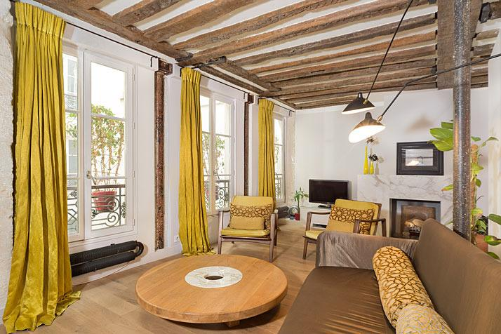 Large 3 bedroom apartment with original wooden beams - Stylish Marais Three Bedroom - ID# 337- sleeps 6! - Paris - rentals
