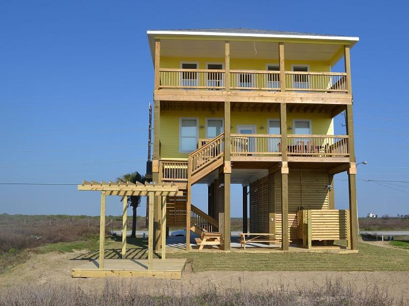 Beach Front 5 Bedroom - 3 King - Beach Front - Brand New Home - Sleeps 16 - Galveston - rentals